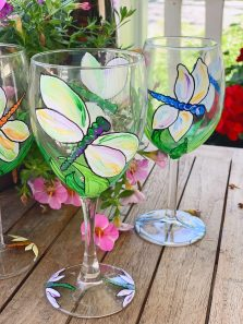 Wine Glass Painting: Dragonfly